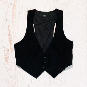NWOT Mossimo Stretch Crop Vest
